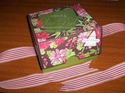 Christmas-Cake-Box4---by-Su